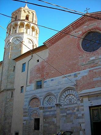 San Nicola, Pisa - Bell tower and façade