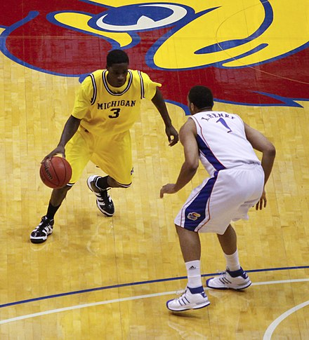 Henry guarding future Lakers and D-Fenders teammate Manny Harris of Michigan on December 19, 2009 20091219 Manny Harris guarded by Xavier Henry.jpg