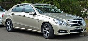 2009 Mercedes-Benz E 250 CGI (W 212) Avantgarde sedan (2010-07-05).jpg