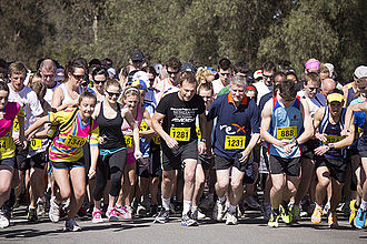 Tony Abbott - Lake to Lagoon competitors at the starting line, including Tony Abbott, Wagga Wagga, 2012