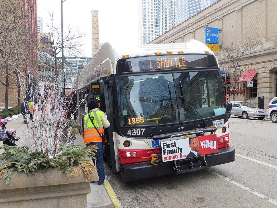 20130302 07 CTA Bus Shuttle