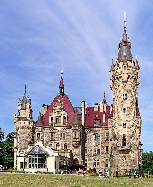 File:20180812 Zamek w Mosznej 1040 8640 DxO.jpg