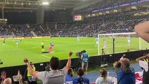 Файл:2021-05-29 - Man City v Chelsea - Pulisic attack.webm