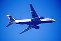 208az - British Airways Boeing 777-236ER, G-YMMK@LHR,22.02.2003 - Flickr - Aero Icarus.jpg