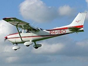 26-09-04 PH-IRO Cessna F 172M.JPG