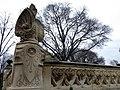 344 Parc de la Ciutadella, decoració escultòrica de la glorieta d'Aribau.JPG