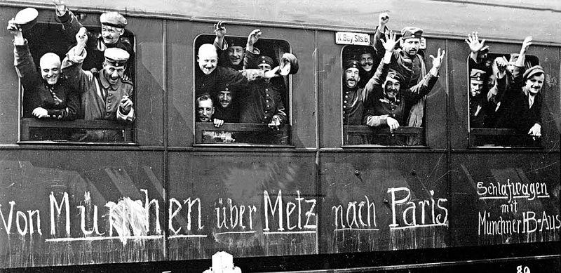 File:Abfahrt der Soldaten mit Freude nach Paris.jpg
