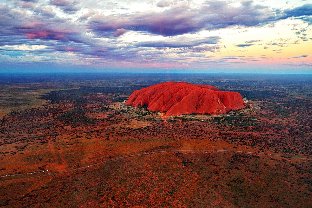 File:Aerial view of Uluru at sunset.jpg - Wikimedia Commons