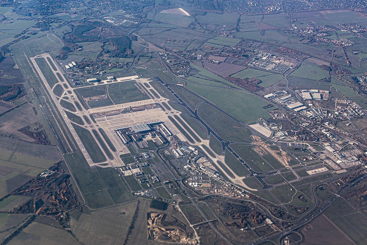 Airport berlin BER 2019.jpg