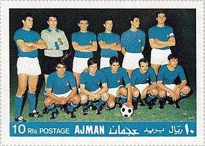 A Seleção Italiana antes da final da Eurocopa 1968. Da esquerda para a  direita b88f44ffaee9b