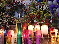 Altar con candelas. - panoramio.jpg