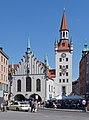 Altes Rathaus München Westseite.jpg