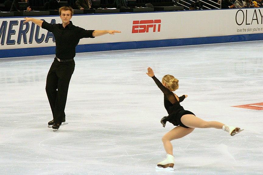 Anabelle Langlois & Cody Hay Throw Jump - 2006 Skate America
