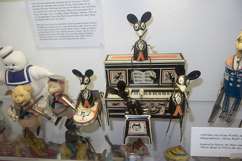 File:Antique toy Marx Brothers mouse band (27024949171).jpg