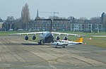 Antwerp RJ-100 OO-DWF and Piper PA-23-250 F-BVTP.JPG