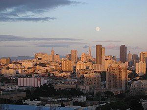 Anza Vista, San Francisco - A view from Baker Street in Anza Vista looking East towards downtown