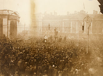 16th (Irish) Division - Crowd gathered in College Green for the unveiling of a Celtic Cross in memory of the 16th (Irish) Division, Armistice Day, 1924.