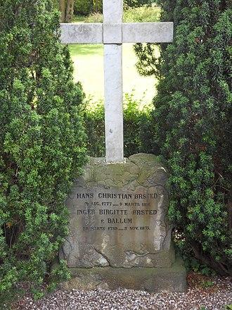 Hans Christian Ørsted - Gravestone