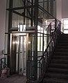 Aufzug im Mannheimer Schloss.jpg