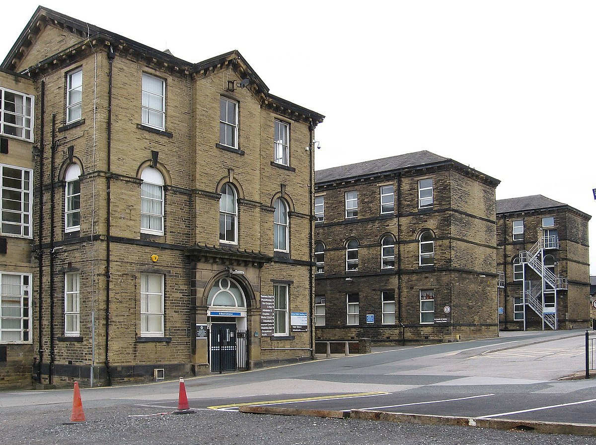 B Block, St Luke's Hospital, Bradford.jpg