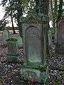 Bad Rappenau - Heinsheim - Jüdischer Friedhof - Grabstein mit Hand aus Wolke 1.jpg