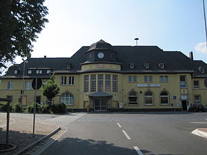 Alsfeld station - The entrance building in 2010