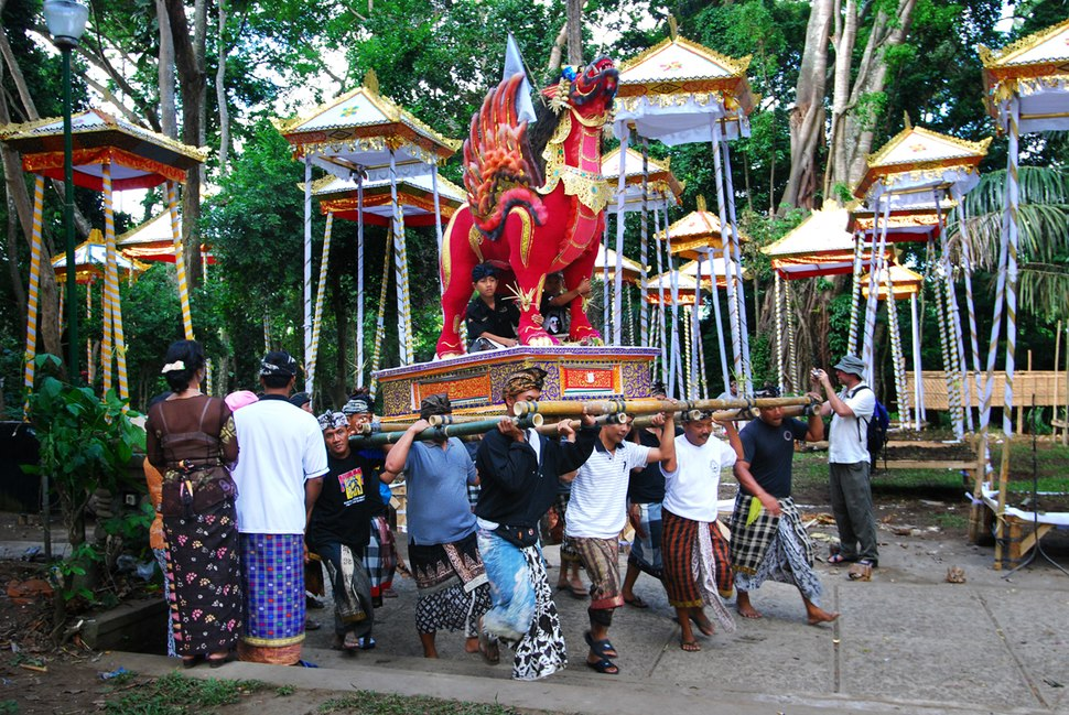 Bali – Cremation Ceremony (2688341694)
