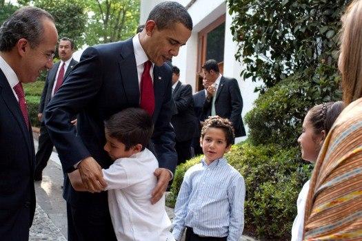 Barack Obama bids farewell to family of Felipe Calderon 4-16-09