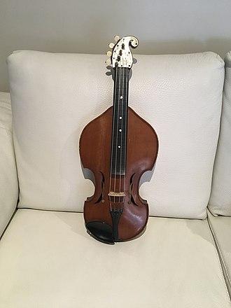 Baroque violin - Baroque viola by Johann Heinl Bohmen (1886)