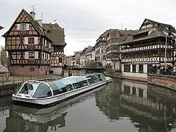 Batorama boat tour
