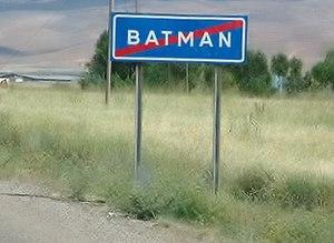 Hüseyin Kalkan - Batman sign