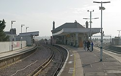Battersea Park railway station MMB 35.jpg