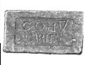 Bauinschrift Zenturie des Martialis Ebchester.png