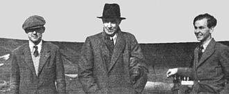 L. E. Baynes - At Heston Airport 3 October 1935; L. E. Baynes on left, Sir John Carden in centre, Stephen Appleby on right