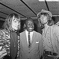 Bijeenkomst van Cuby and the Blizzards. Harry Muskee (links), Eddy Boyd (midden), Bestanddeelnr 921-4512.jpg