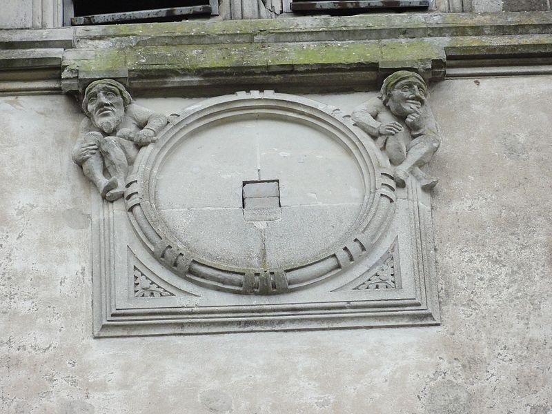 Blémerey (M-et-M) église, sculpture sans horloge, face D de la tour