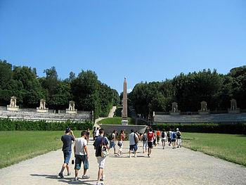 La entrada desde el Palacio Pitti a los Jardines de Boboli.