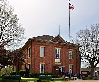 Bollinger County, Missouri - Image: Bollinger County Courthouse rectilinear