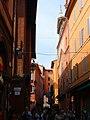 Bologna, Via Clavature - panoramio (1).jpg