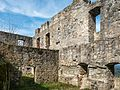 Bramberg Ruine Hauptbau innen P4RM2227.jpg