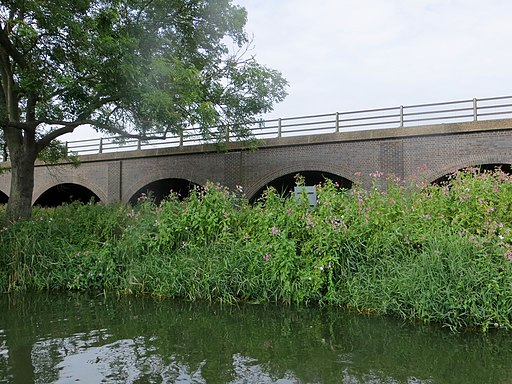 Brick bridge carrying the A605 - July 2014 - panoramio