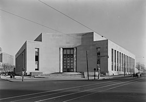 Brooklyn Public Library - Brooklyn Public Library's Central Library in January 1941 shortly before it opened.