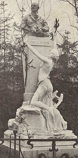 BrucknerdenkmalSttadtpark