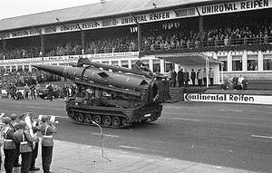 Missile Wing 1 - Image: Bundesarchiv B 145 Bild F029235 0037, Nürburgring, Bundeswehrparade zum NATO Jubiläum