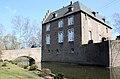 Burg-Redinghoven-Friesheim-Herrenhaus-Westseite.jpg