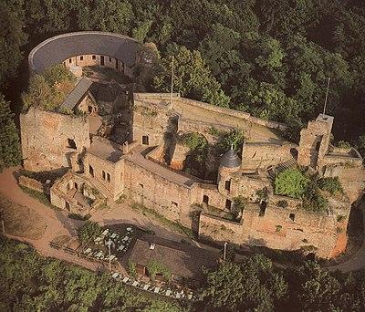 """Burg Nanstein """"von oben"""" - panoramio.jpg"""