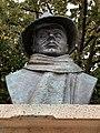 Buste Jean Moulin St Étienne Loire 4.jpg