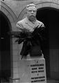 Busto de Manuel Bento de Sousa, médico e professor, da autoria de Teixeira Lopes (Alberto Carlos Lima).png