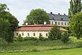Fil:Byggnader vid Grönsö slott.jpg