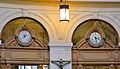 Cadrants à l'intérieur de la Bourse du Commerce.JPG
